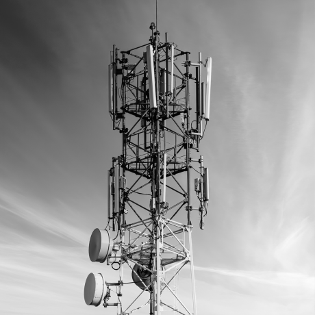 telecommunication-tower-with-antennas bw